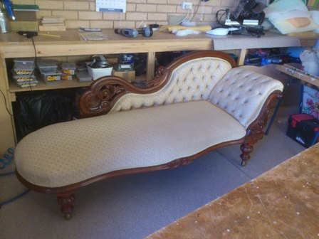 Re-upholsterd chaise lounge